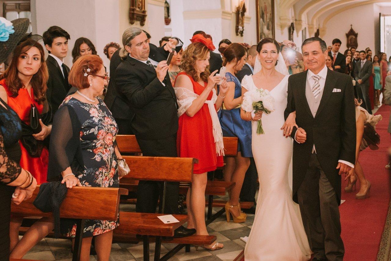 Fotografías ceremonia religiosa. Fotógrafos de bodas en Girona